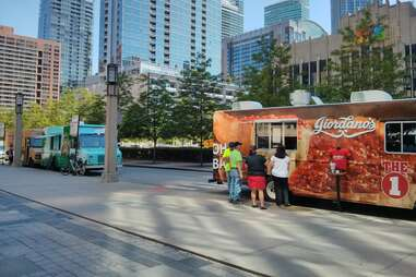 Giordano's food truck chicago