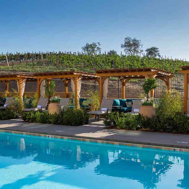 California Wine Trips You Should Go on This Summer (That Aren\'t Napa)