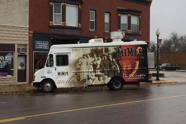 Mimi's Chicago Humble Pie food truck