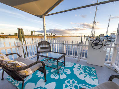 Palmetto, FL, Airbnb, houseboat