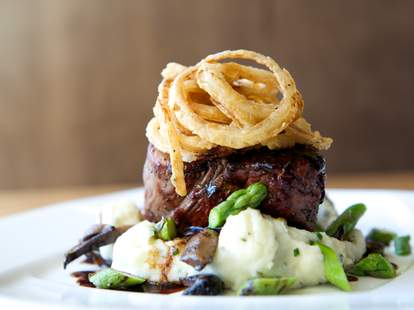 The Southern Nashville, steak
