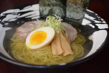 AGU Ramen, ramen bowl, ramen noodles