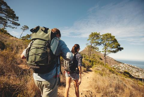 backpack travel experiences hiking