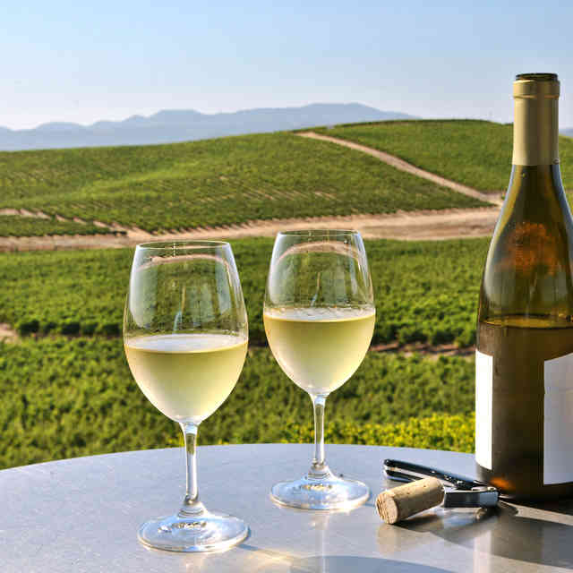 America\'s Best Wine Regions to Visit, Ranked by Sommeliers