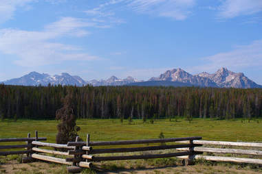 Sawtooth mountain range, Snake River Valley, ID