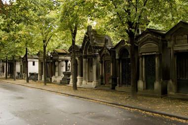Montparnasse Cemetery paris thrillist stones