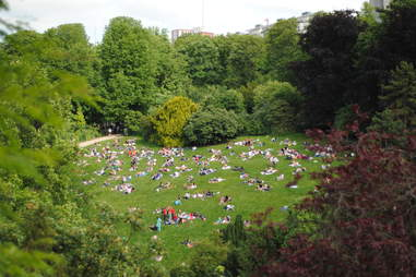 green park paris parc buttes chaumont