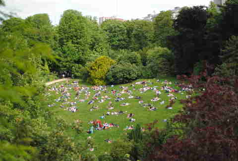 green park paris parc buttes chaumont