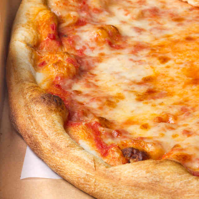 Uber Is Offering $5 Rides and Free Pizza for 5 Days