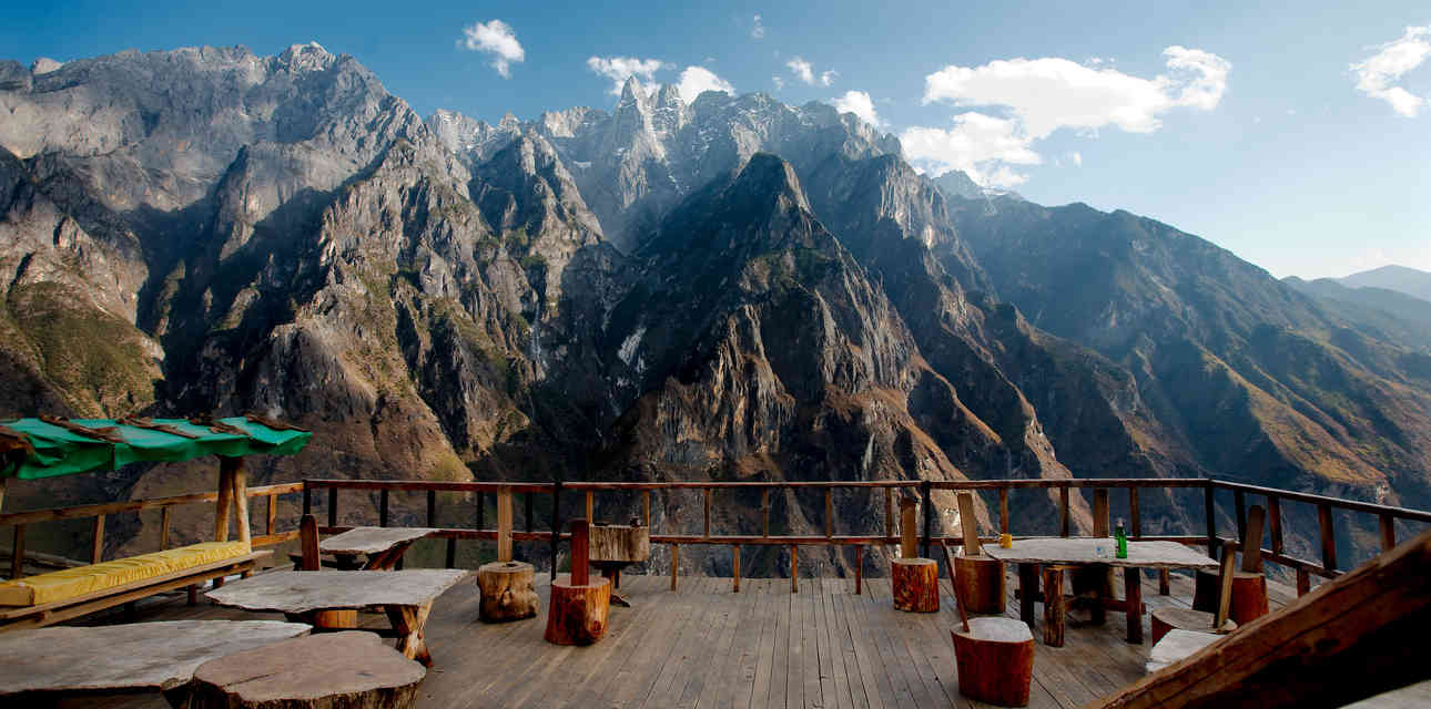 The World\'s Coolest Mountaintop Bars