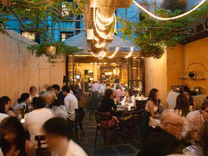 Best Hidden Gardens In Nyc Restaurants Thrillist