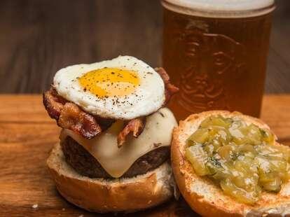 HoM Charleston egg burger thrillist