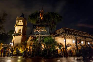 Pirates of the Caribbean Disney World night