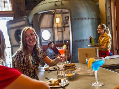 Jock Lindsey's Hangar Bar Disney