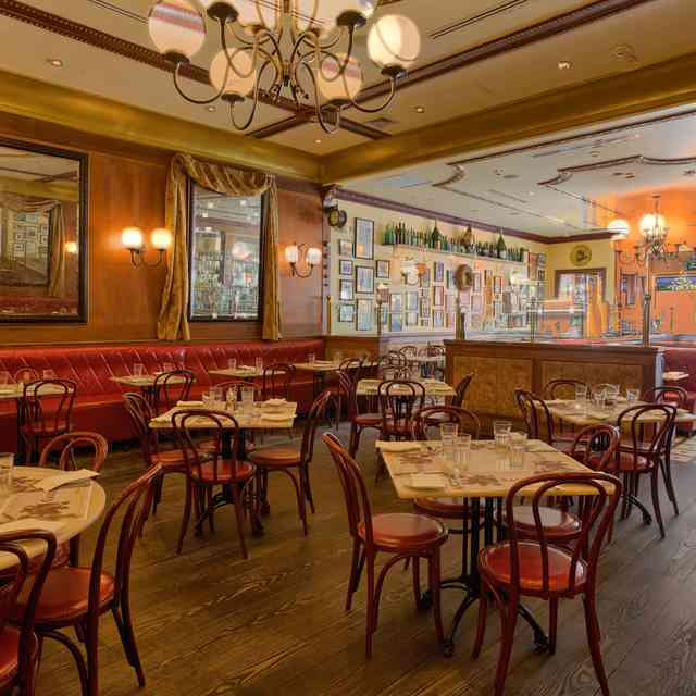The 16 Absolute Best Restaurants in Huntington Village