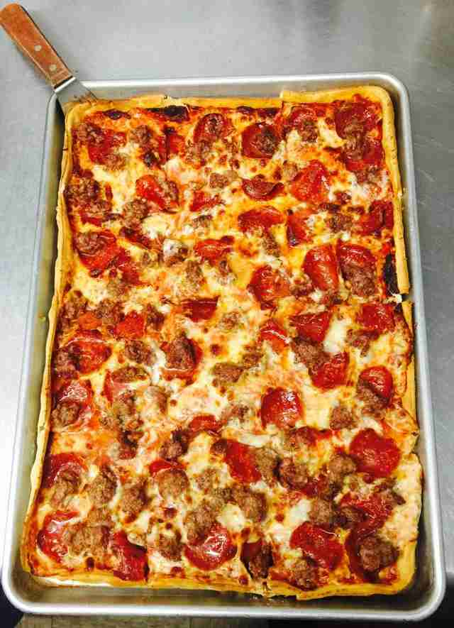 The Best Pizza Places in Milwaukee Thrillist