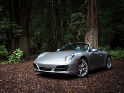 The 911 still looks like a 911 -- that's a good thing