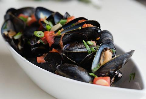 mussels at Kyma