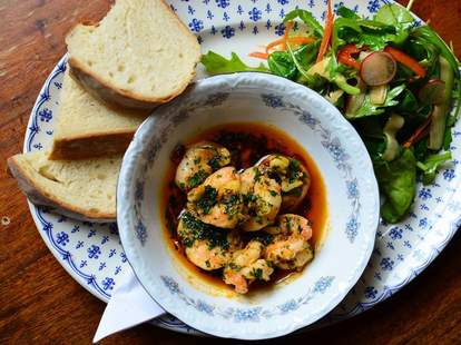 King prawns with a side salad