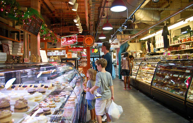 Eat Your Way Through the Best Food in Reading Terminal Market