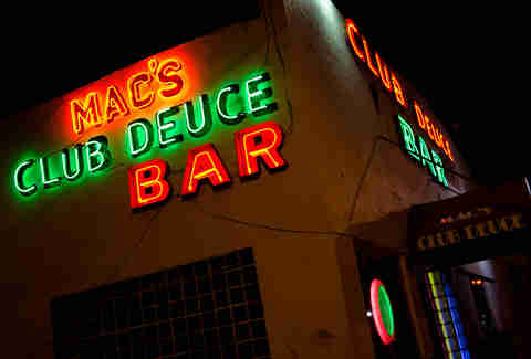 mac's deuce bar