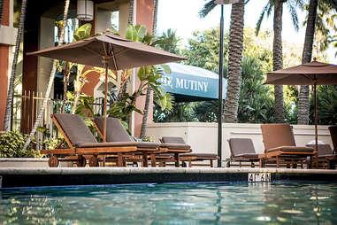mutiny hotel