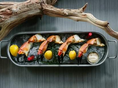 Izzy's Seafood Shack Miami