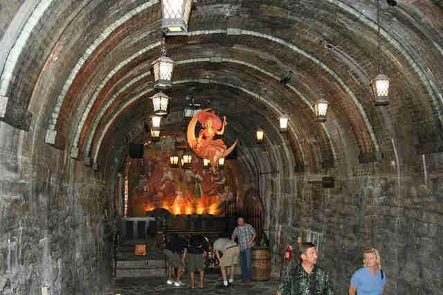 Rumors Bar And Grill >> The Craziest Underground Stuff in Milwaukee - Thrillist