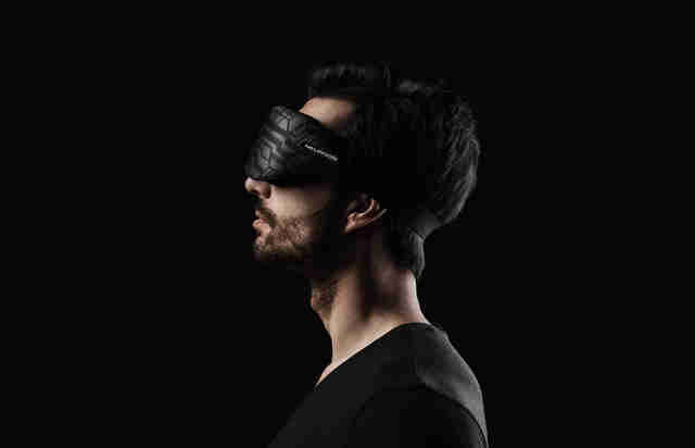 Neuroon sleep mask