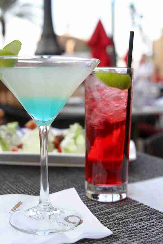 Best Wine Coolers >> Best Mixed Drinks & Alcohol for Gambling in Las Vegas Casinos - Thrillist