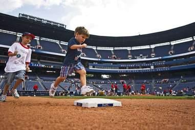 kids running bases