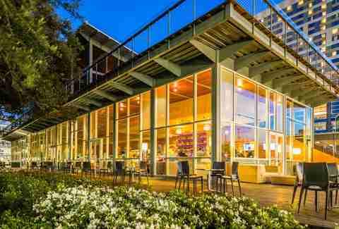 Best Rooftop Bars in Houston for Drinking Outside - Thrillist