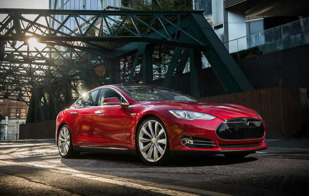 Why Tesla's $2B Stock Offering Won't Solve Its Problems