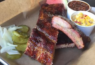 Smoke Tree BBQ Bar & Grill