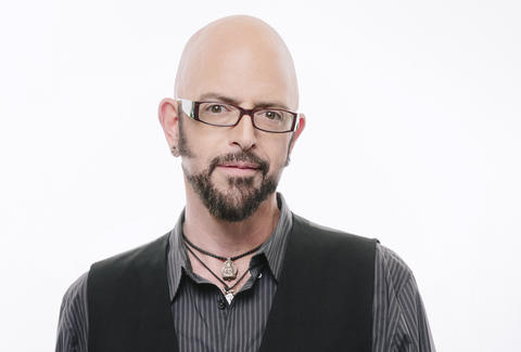 Funny cat videos explained by jackson galaxy thrillist for Jackson galaxy music