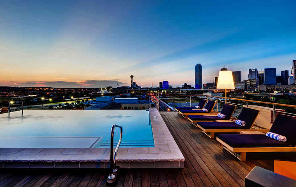 Best Rooftop Bars In Dallas Texas For Drinking Outside