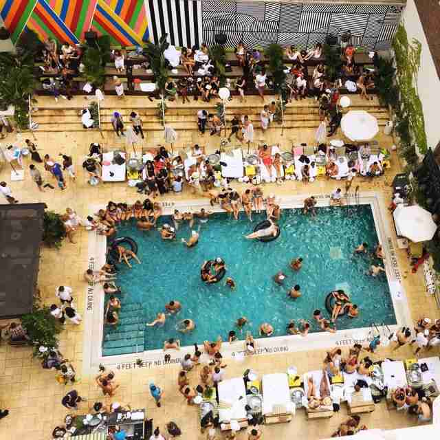 Best Swimming Pools In Nyc Public Private Rooftop More Thrillist