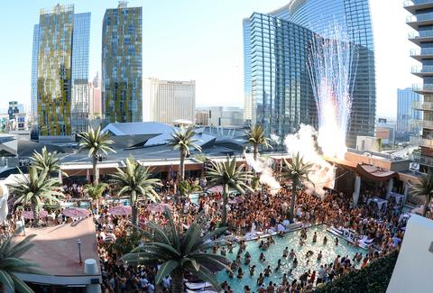 Best Rooftop Bars In Las Vegas Nevada Thrillist