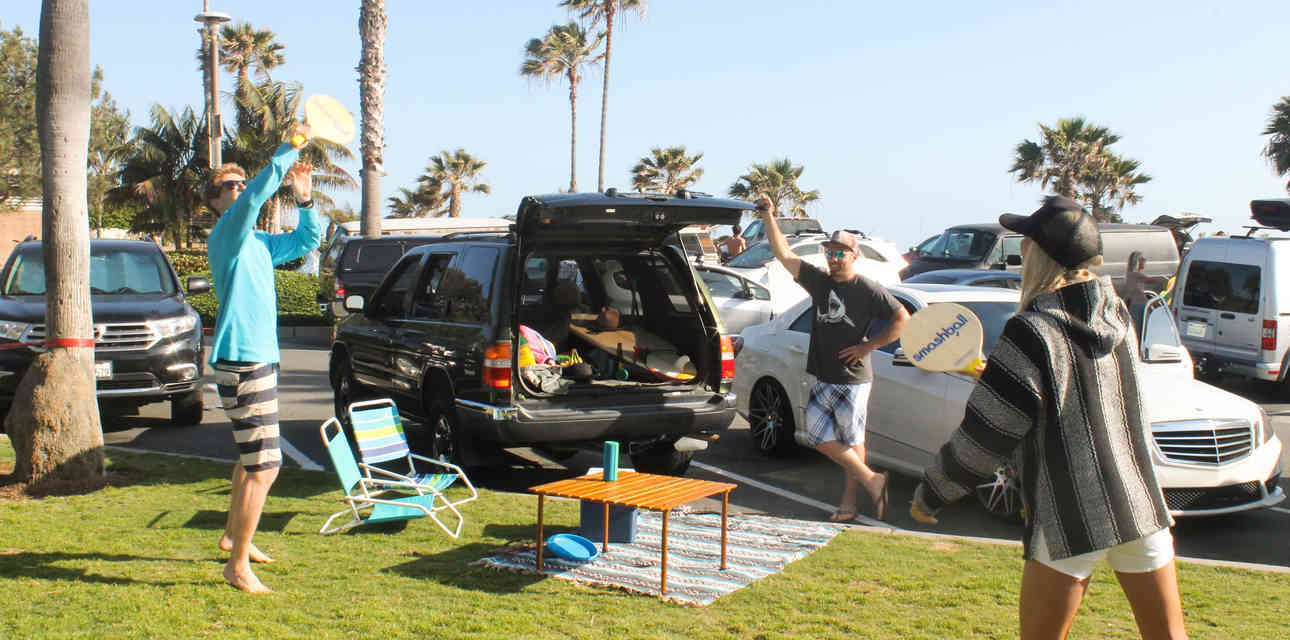 The Dos and Don\'ts of a Beach Parking Lot Hangout