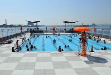 Barretto Point Park Pool