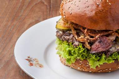 Dish prague burger