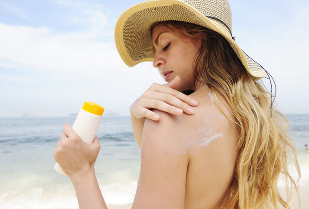 Your Sunscreen Is Filled With Lies. Here's How to Buy the Best One.