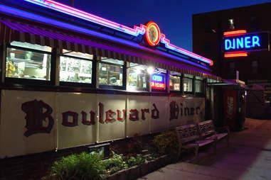 Boulevard diner worcester massachusetts