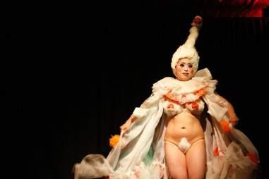 BIZARRE Bushwick burlesque