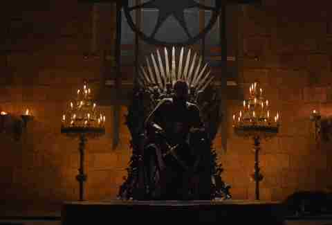 jaime on the throne game of thrones