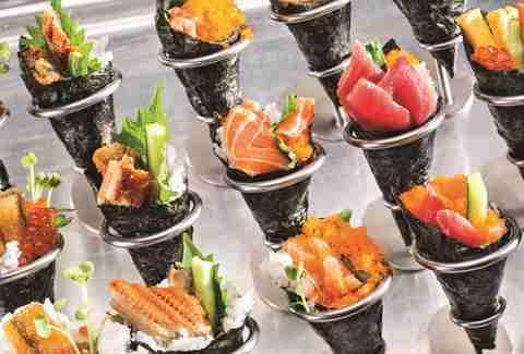 best buffets in las vegas bacchanal buffet wicked spoon studio b rh thrillist com sunday brunch buffet near me buffet eat near me