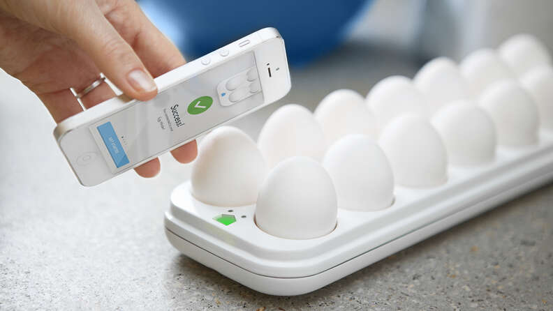 egg minder tray developed by quirky