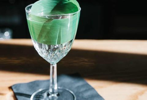 Green tea-steeped dry vermouth cocktail