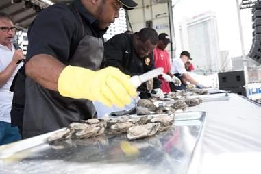 shuckin them oysters