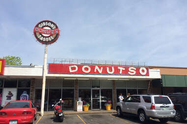 Gibson's Donuts
